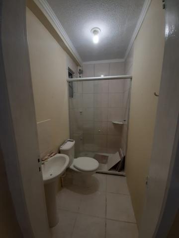 Comprar Apartamento / Padrão em Pelotas R$ 138.000,00 - Foto 11