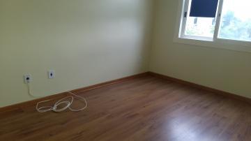 Alugar Apartamento / Padrão em Pelotas. apenas R$ 210.000,00