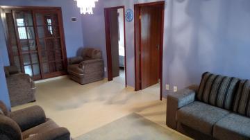 Alugar Casa / Padrão em Pelotas. apenas R$ 900.000,00