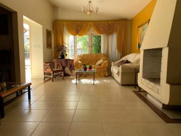 Alugar Casa / Padrão em Pelotas. apenas R$ 700.000,00