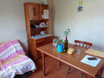Alugar Casa / Padrão em Pelotas. apenas R$ 150.000,00