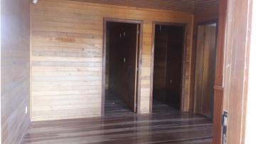 Alugar Casa / Padrão em Pelotas. apenas R$ 180.000,00