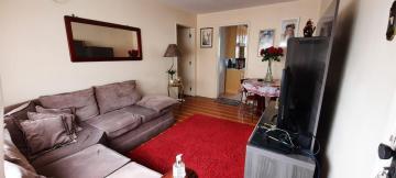 Alugar Apartamento / Padrão em Pelotas. apenas R$ 300.000,00