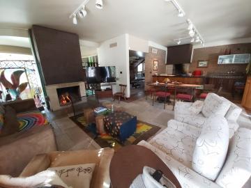 Alugar Casa / Padrão em Pelotas. apenas R$ 3.500.000,00
