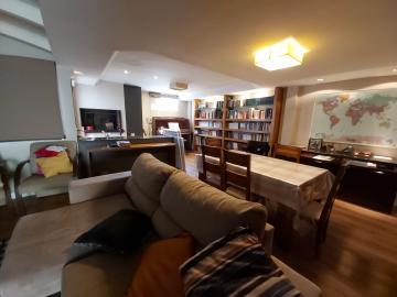 Alugar Casa / Condomínio em Pelotas. apenas R$ 680.000,00