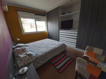 Sobrado condomínio fechado próximo Av. Dom Joaquim, 03 dormitórios sendo 02 suites, terraço, sala de estar, lareira, lavabo, cozinha, lavanderia, amplo espaço gourmet, com churrasqueira, garagem fechada, portaria 24 hs