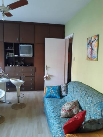 Comprar Casa / Padrão em Pelotas R$ 500.000,00 - Foto 9