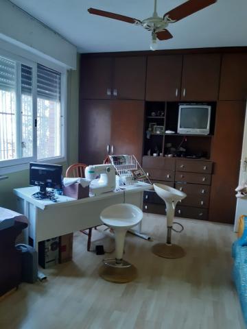 Comprar Casa / Padrão em Pelotas R$ 500.000,00 - Foto 10