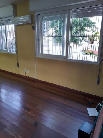 Comprar Casa / Padrão em Pelotas R$ 500.000,00 - Foto 4