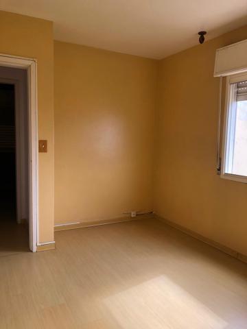 Comprar Apartamento / Padrão em Pelotas R$ 280.000,00 - Foto 6