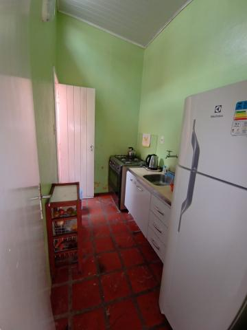 Comprar Casa / Padrão em Pelotas R$ 350.000,00 - Foto 4