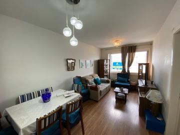 Alugar Apartamento / Padrão em Pelotas. apenas R$ 280.000,00