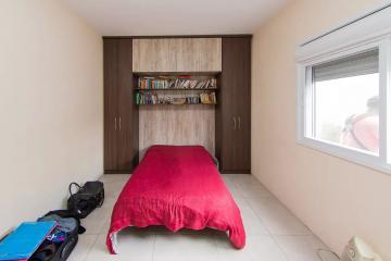 RECANTO DE PORTUGAL TÉRREA: Impecável, construção nova, frente norte, toda em laje, 03 dorms, sendo 01 suíte, sala, lareira, lavanderia, pátio.
