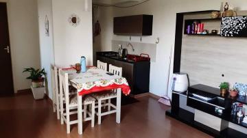 Alugar Apartamento / Padrão em Pelotas. apenas R$ 155.000,00