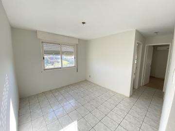 Alugar Apartamento / Padrão em Pelotas. apenas R$ 215.000,00
