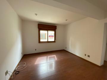 Alugar Apartamento / Padrão em Pelotas. apenas R$ 850,00
