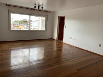 Alugar Apartamento / Padrão em Pelotas. apenas R$ 1.450,00