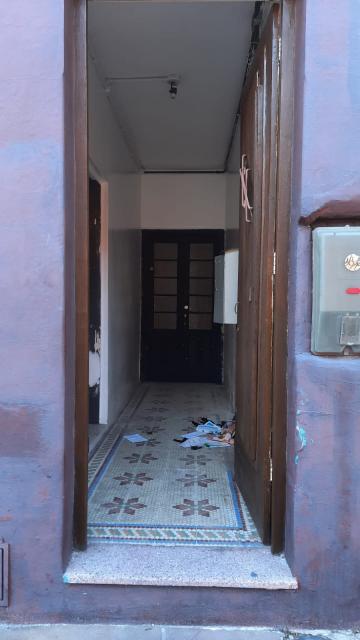 Alugar Comercial / Prédio em Pelotas. apenas R$ 2.000,00