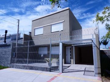Alugar Casa / Padrão em Pelotas R$ 3.000,00 - Foto 1