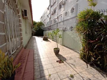 Comprar Casa / Padrão em Pelotas R$ 1.590.000,00 - Foto 13