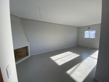 Alugar Casa / Padrão em Pelotas. apenas R$ 320.000,00