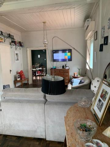 Alugar Casa / Padrão em Pelotas. apenas R$ 477.000,00