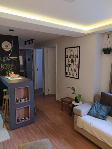 Excelente apartamento no bairro Fragata, com 2 dormitórios e demais dependências. Todo reformado, piso flutuante, móveis planejados nos quartos, cozinha e banheiro. Splits ficam no imóvel. Rebaixamento em gesso, iluminação de led.  Condomínio novo entregue em 2019.