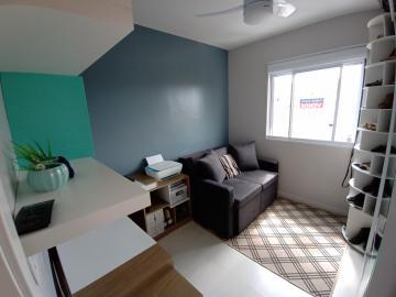 Comprar Apartamento / Padrão em Pelotas R$ 189.000,00 - Foto 3