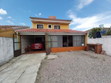 Comprar Casa / Padrão em Pelotas R$ 480.000,00 - Foto 9
