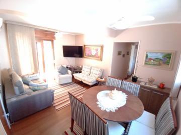 Alugar Apartamento / Padrão em Pelotas. apenas R$ 390.000,00