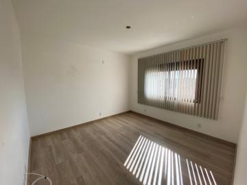 Comprar Apartamento / Padrão em Pelotas R$ 625.000,00 - Foto 5