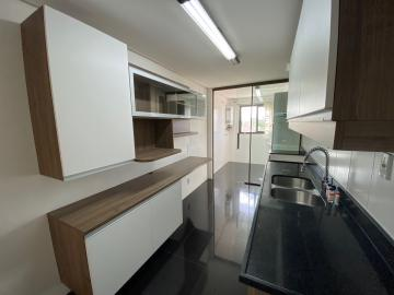 Comprar Apartamento / Padrão em Pelotas R$ 625.000,00 - Foto 11