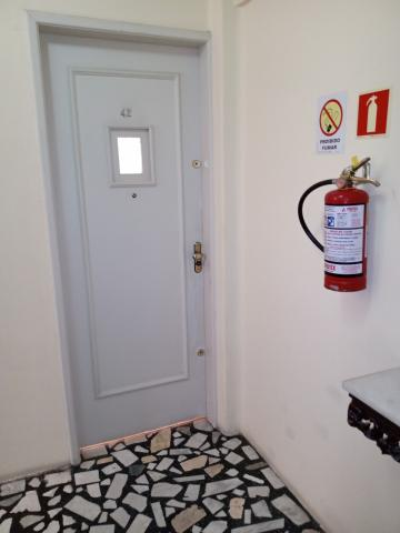 Comprar Apartamento / Padrão em Pelotas R$ 350.000,00 - Foto 16