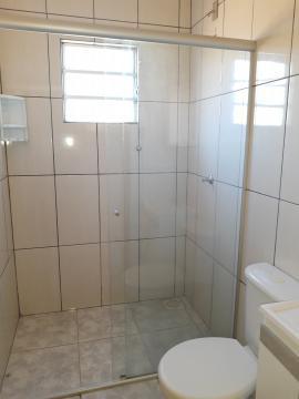 Alugar Casa / Padrão em Pelotas R$ 790,00 - Foto 17