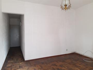 Apartamento no Centro.