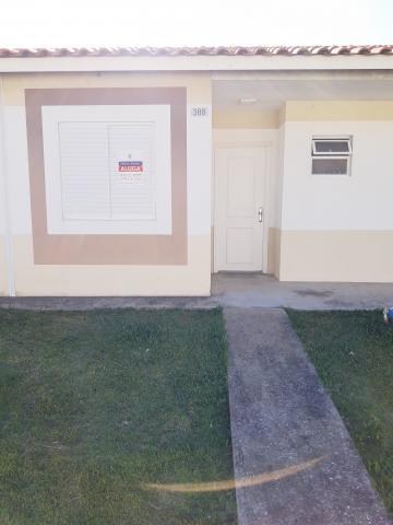 Casa no bairro Areal.