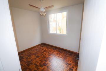Alugar Apartamento / Padrão em Pelotas R$ 900,00 - Foto 6