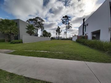 Terreno Veredas próximo a portaria - Excelente localização, fundo para área verde, medindo 404m² R$ 330.000,00