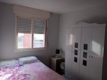 Comprar Apartamento / Padrão em Pelotas R$ 179.000,00 - Foto 4
