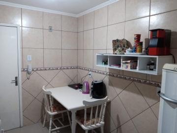 Comprar Apartamento / Padrão em Pelotas R$ 179.000,00 - Foto 8