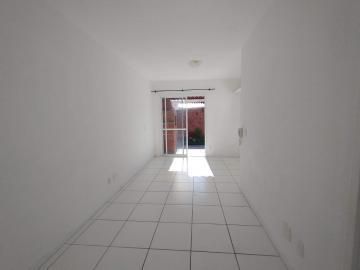 Alugar Casa / Condomínio em Pelotas. apenas R$ 155.000,00