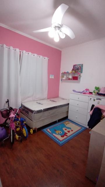 Comprar Casa / Padrão em Pelotas R$ 450.000,00 - Foto 4