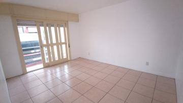 Alugar Apartamento / Padrão em Pelotas. apenas R$ 220.000,00
