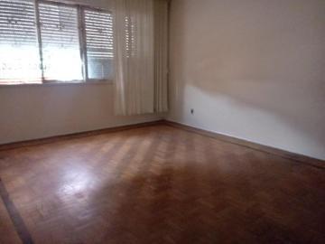 Alugar Apartamento / Padrão em Pelotas. apenas R$ 295.000,00