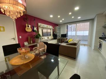 Alugar Apartamento / Padrão em Pelotas. apenas R$ 477.000,00