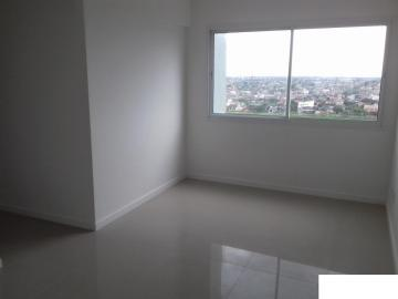 Alugar Apartamento / Padrão em Pelotas. apenas R$ 305.000,00
