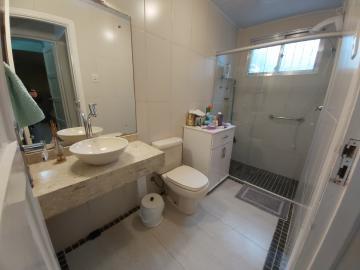 Comprar Casa / Padrão em Pelotas R$ 630.000,00 - Foto 5