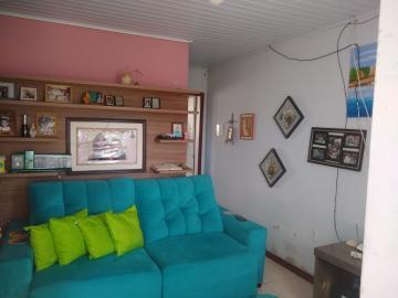 Comprar Casa / Padrão em Pelotas R$ 190.000,00 - Foto 2