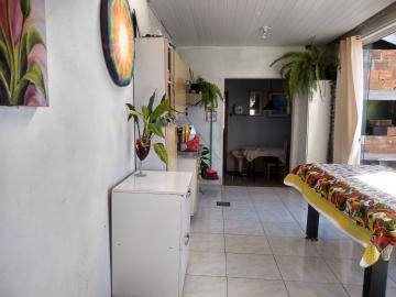 Comprar Casa / Padrão em Pelotas R$ 190.000,00 - Foto 15