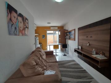 Alugar Casa / Condomínio em Pelotas. apenas R$ 145.000,00